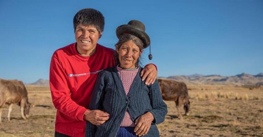 TEODORO QUISPE VILCA: Conoce al joven becario que anhela potenciar la ganadería de Puno - PRONABEC - www.pronabec.gob.pe