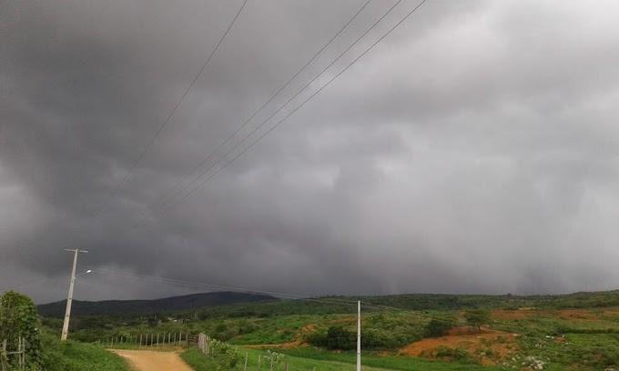 Choveu aproximadamente 42 milímetros de chuva na cidade de Apodi nas últimas 24 horas