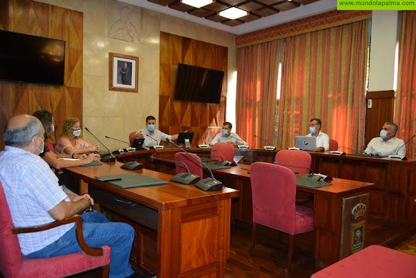 El Cabildo coordina con el Ayuntamiento y el empresariado de la capital las actuaciones en Santa Cruz de La Palma