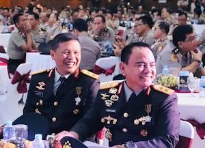 Irjen Pol Agung Setya Imam Efendi Terima Penghargaan Bintang Bhayangkara Pratama dari Presiden