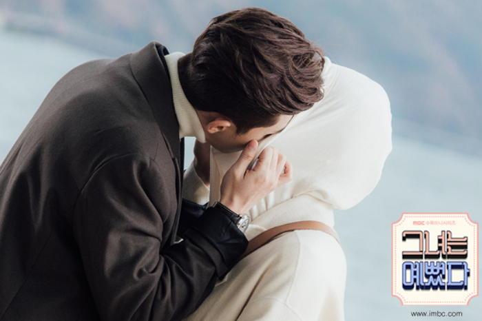Nên hay không nên hôn trong lần hẹn đầu tiên_2