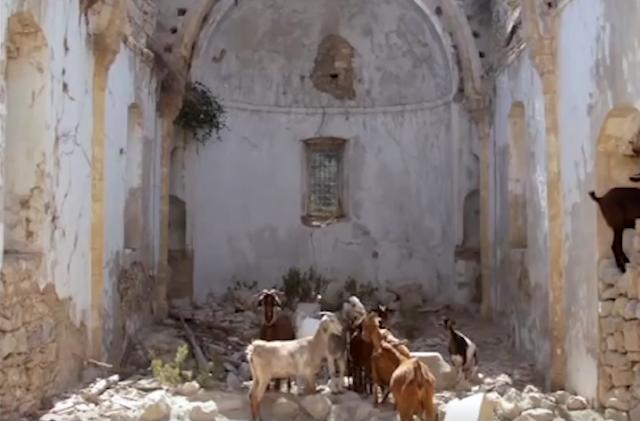 Προς τον π. Ευάγγελο: Δες πώς προσέχουν οι Τούρκοι τις Εκκλησίες μας