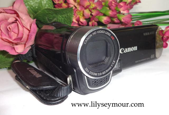 Canon Vixia HFR11 HD Camcorder