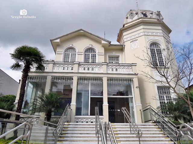 Vista ampla de um Antigo Palacete na Rua Domingos de Morais 2463 - Vila Mariana - São Paulo