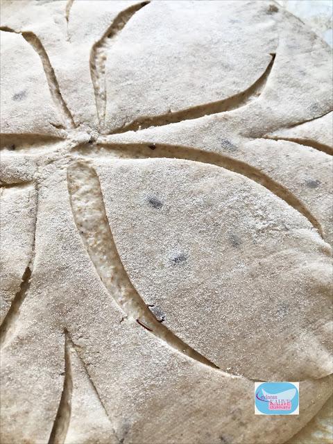 ekşi mayalı çavdar unlu ekmek, ekşi mayalı ekmek tarifi, ekşi mayalı ekmek yapımı, ev yapımı ekmek