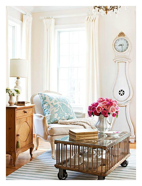 decorating-décor-clock-homemaking-Swedish-French-athomewithjemma