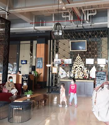 Lobi Grand Kangen Hotel Yogyakarta