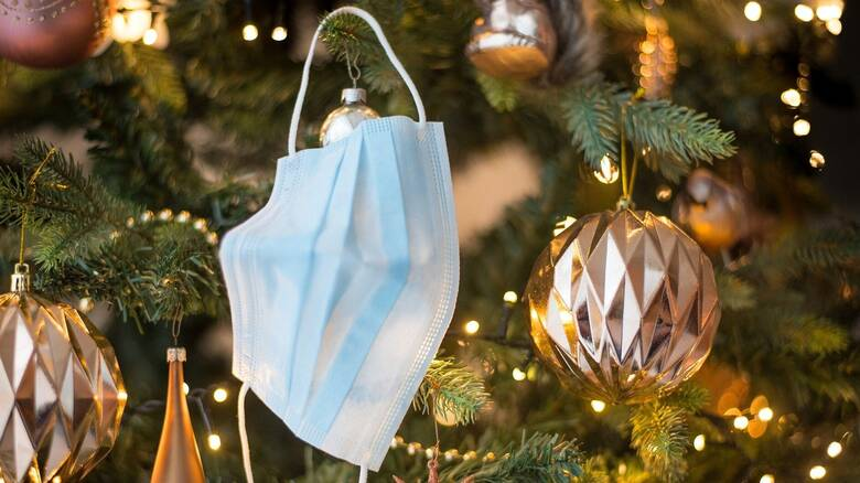 Lockdown: Πώς θα γιορτάσουμε Χριστούγεννα και Πρωτοχρονιά