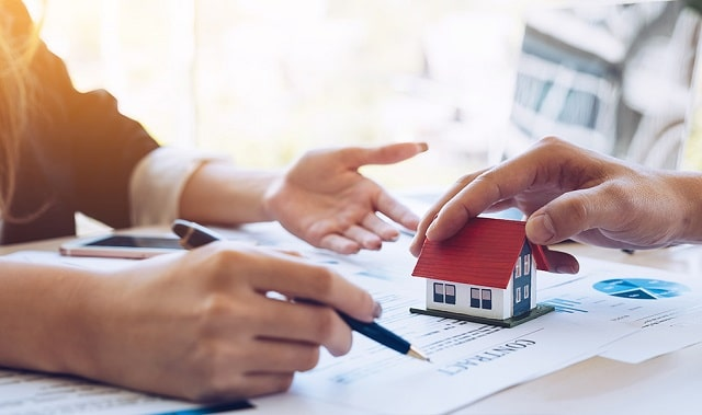what to look out for in real estate contracts sign property purchase papers fine print document