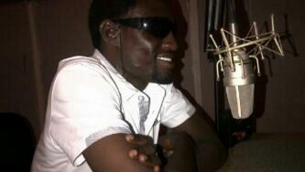 Sabuwar waka: Nura m inuwa – Mai Zance ft Isa ayagi