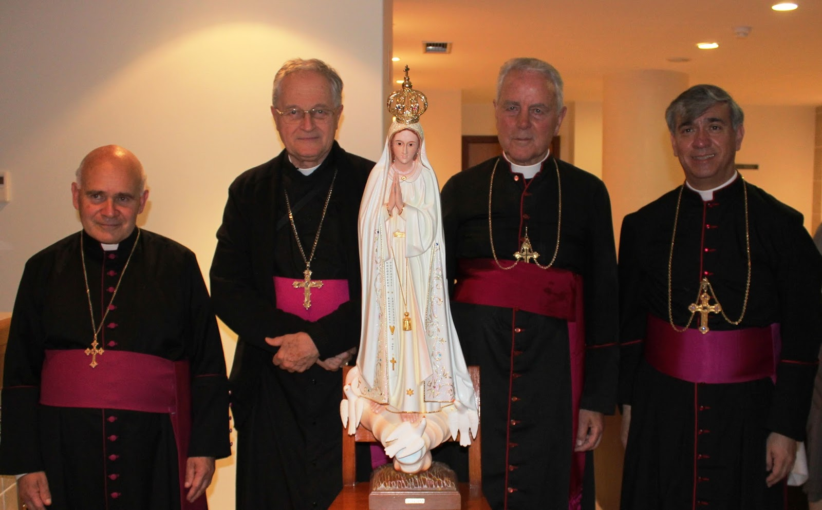 Nossa Capela reza e apoia os Bispos da Resistência Católica