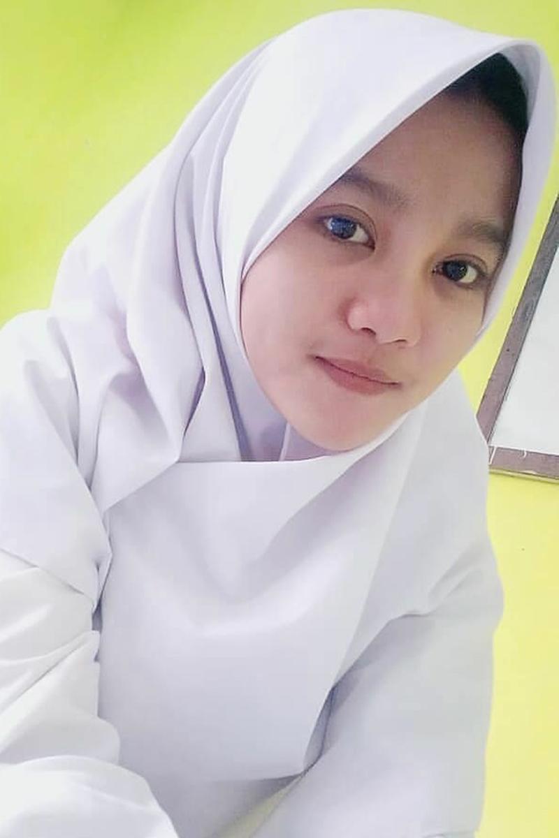 Siswi Jilbab SMA Cantik tercantik