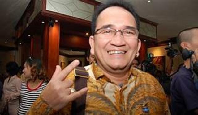 Ruhut Minta Anies Baswedan Mundur dari Jabatan Gubernur DKI