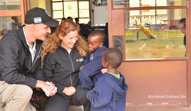 Empresario judío ayuda a misioneros cristianos en África