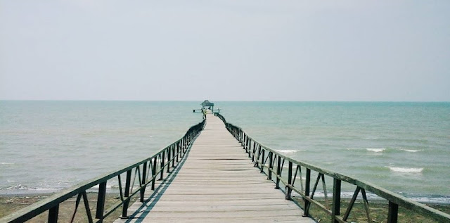 Tempat Wisata Pantai Di Jawa Tengah Dengan Pemandangan Yang Indah ExploreBandung; Tempat Wisata Pantai Di Jawa Tengah Dengan Pemandangan Yang Indah