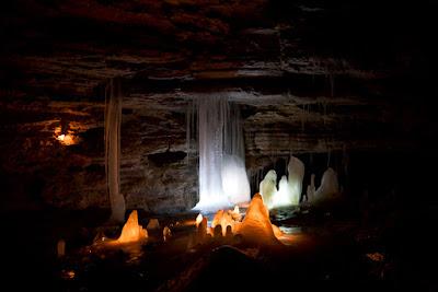 Cueva de hielo y lava en Islandia