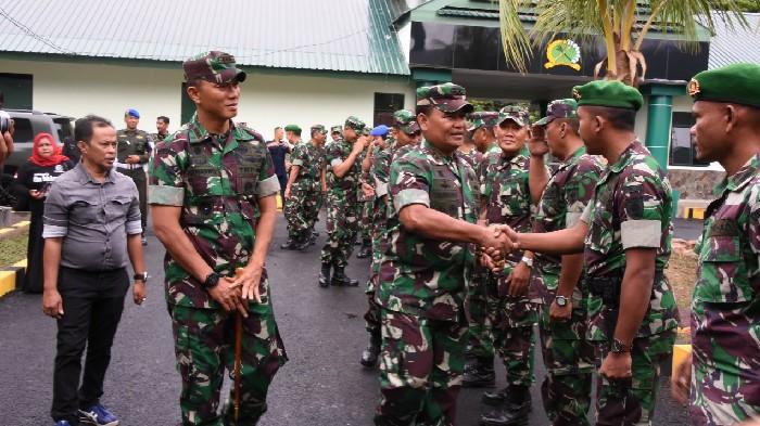 Tatap Muka Dengan Jajaran Korem 141 Toddopuli, Pangdam Hasanuddin Pamitan