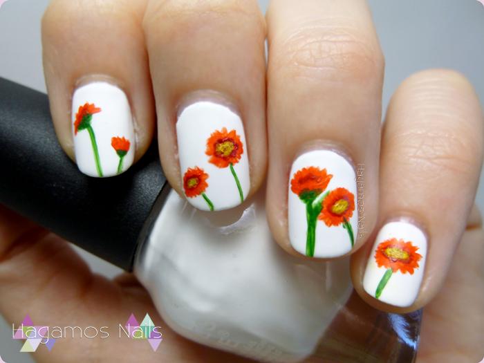Nail art de flores mate. Hagamos Nails