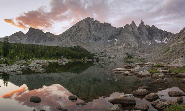 Shadow Lake Cirque De Towers Sunrise Wind River Range Wyoming