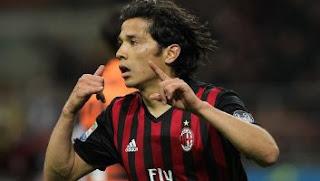 Video Gol AC Milan vs Genoa 1-0