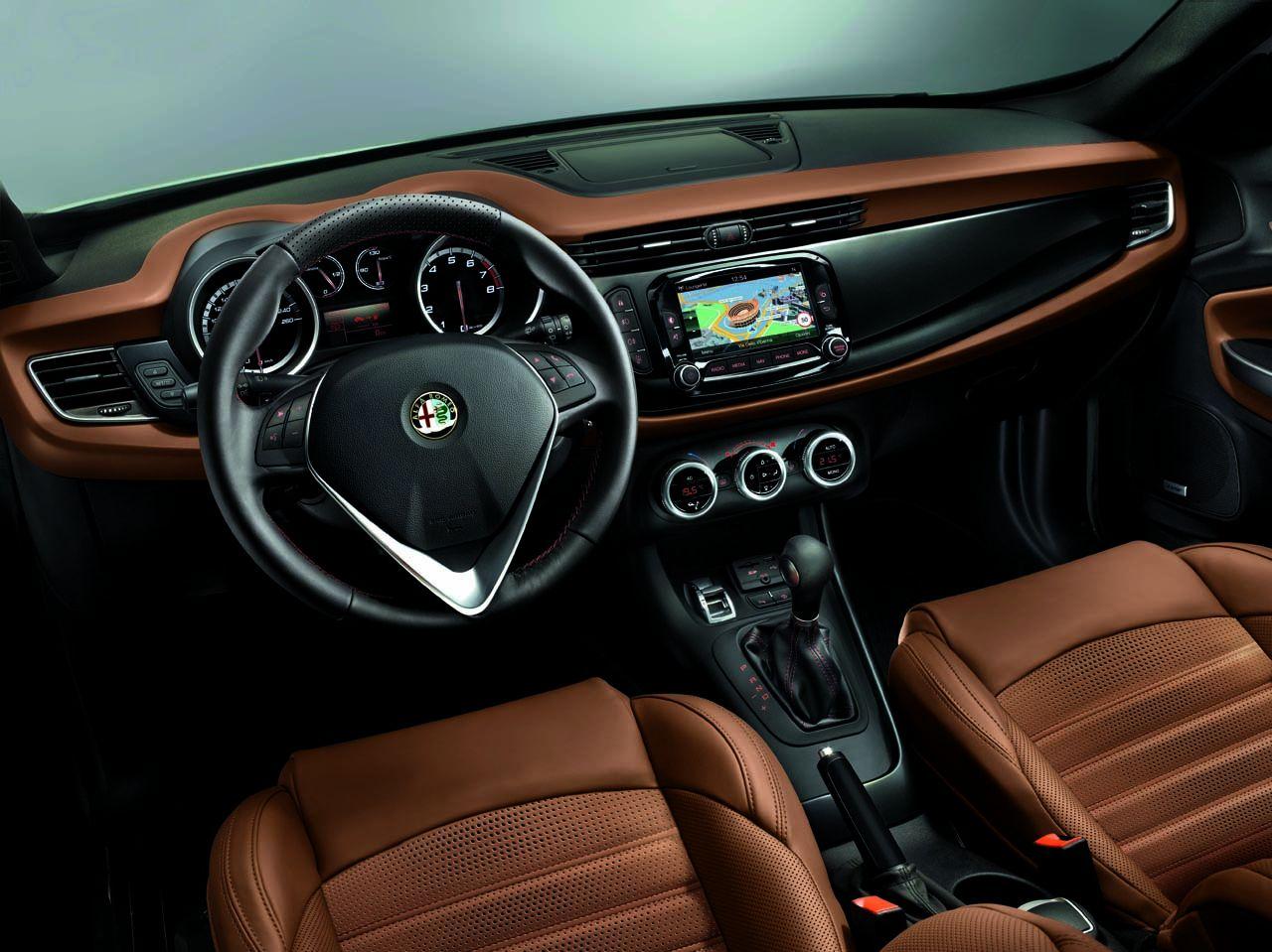 131021 AR giulietta my14 34 Νέος πετρελαιοκινητήρας 120 ίππων για την Giulietta και με τιμή από 21.370€