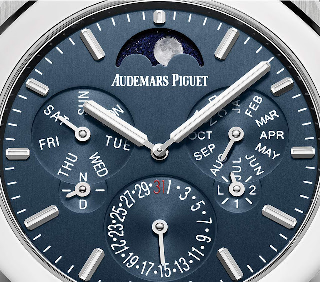 The dial of the Audemars Piguet Royal Oak Selfwinding Perpetual Calendar Ultra-Thin 26586IP