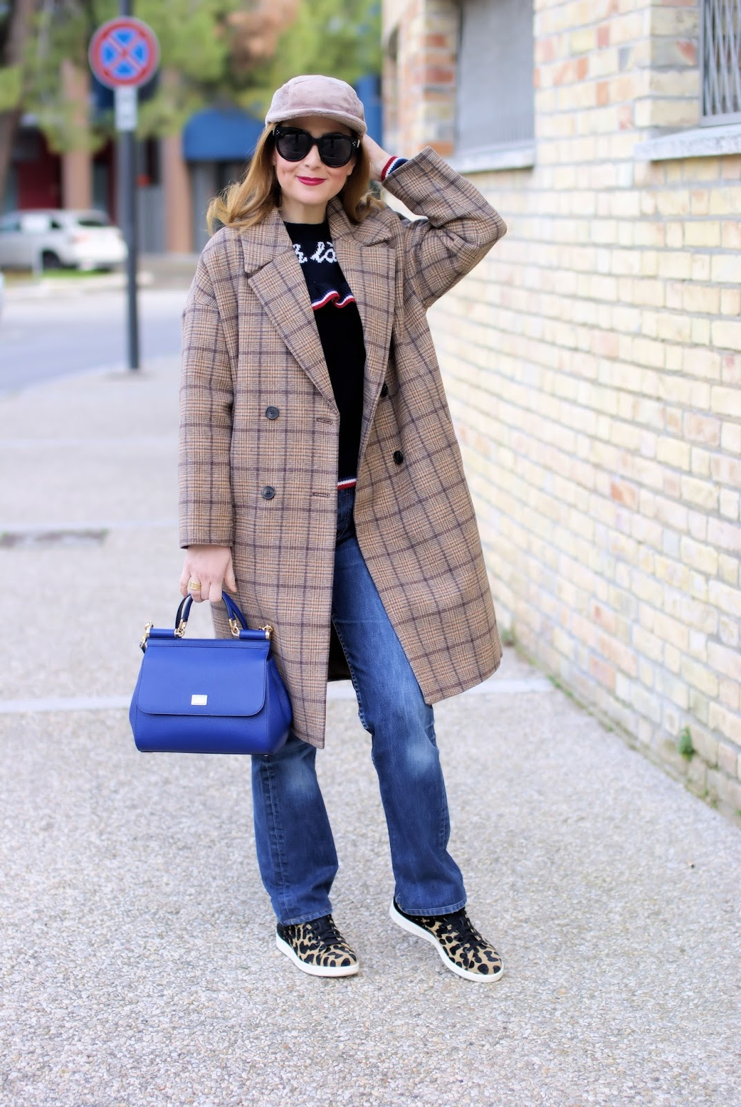 Metisu coffee check coat, Lazzari Ohlala maglione on Fashion and Cookies fashion blog, fashion blogger style