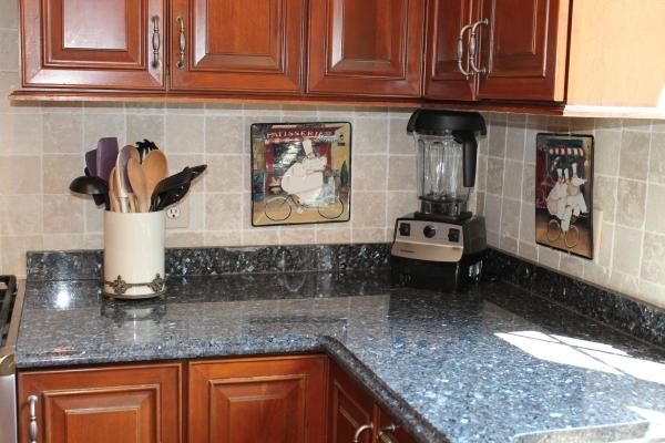 mặt đá granite ốp bếp
