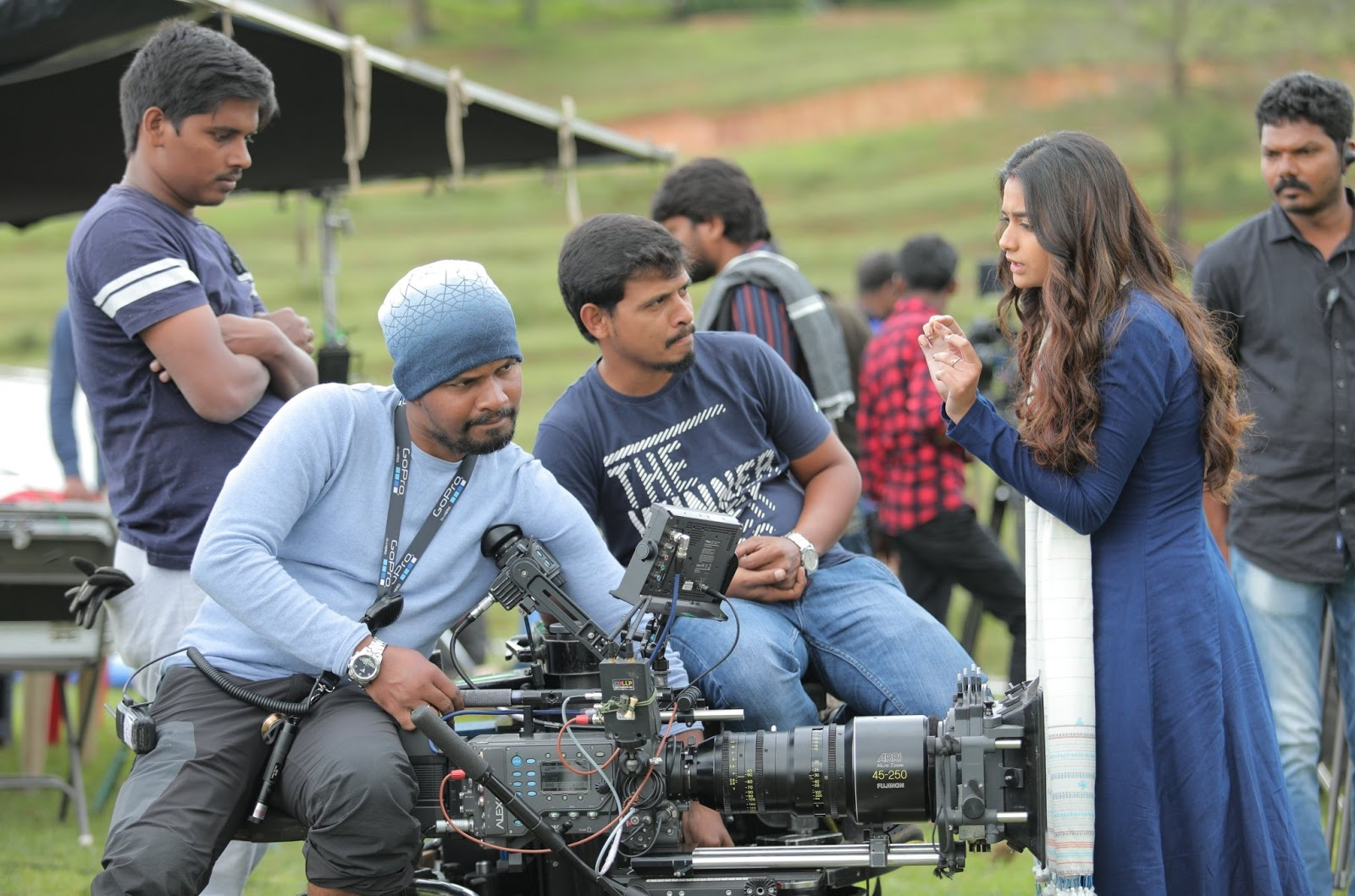 Keerthy Suresh with Cute and Awesome Expressions with Penguin Movie Team While Shooting 1