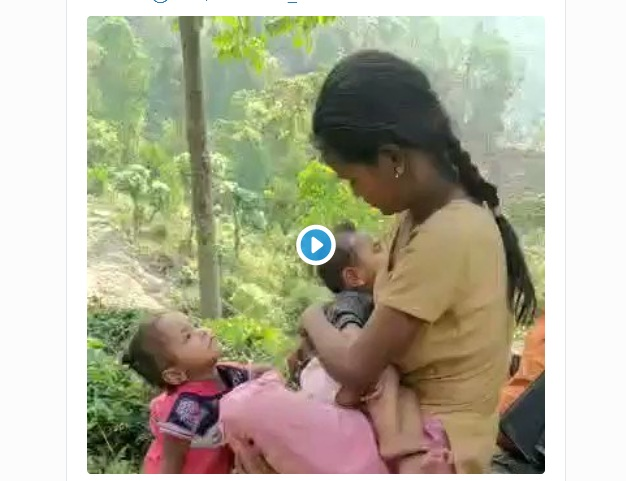 No Facilities as Woman Breastfeeds in Bengal Tea Garden