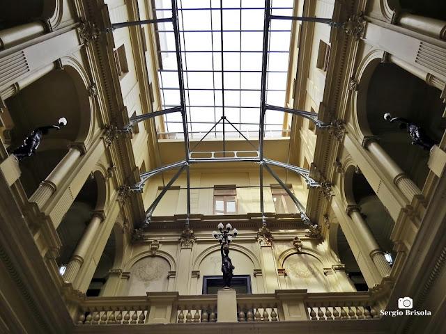 Vista do átrio do Palácio Ernesto Leme - Centro - São Paulo