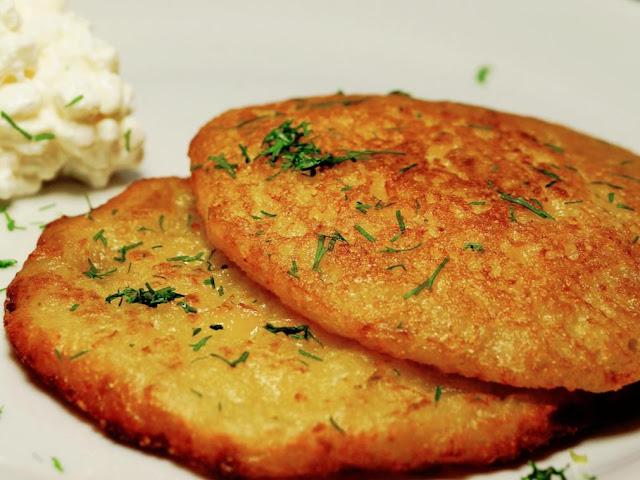Como Preparar Unas Tortitas De Patata En Unos Minutos
