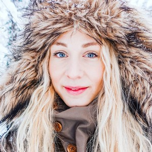 Jonna Jinton Biography | Age, Wiki, Net worth, Bio, Height, Husband|