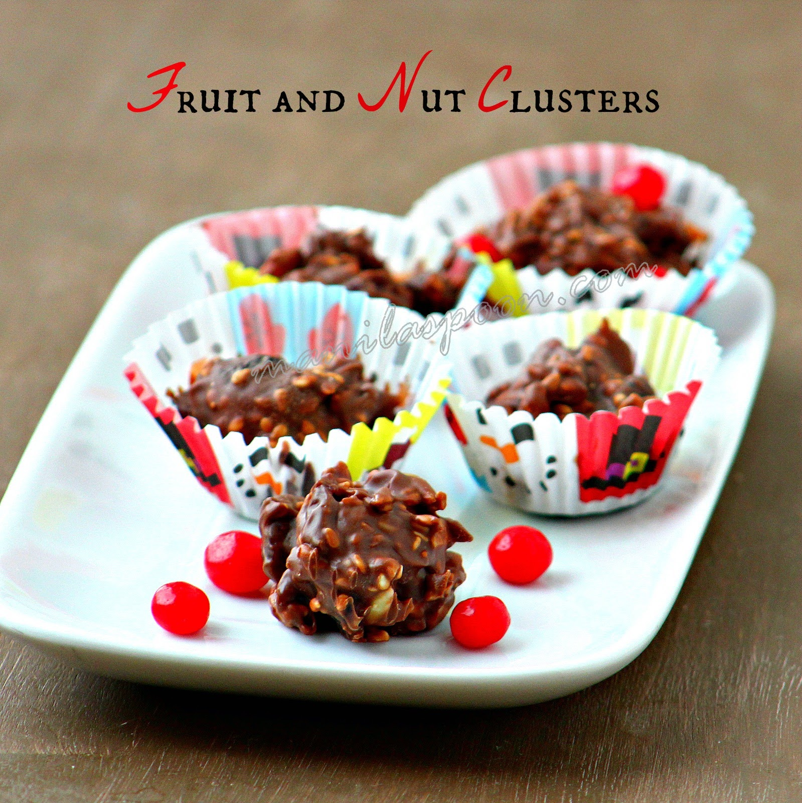 Holiday Fruit and Nut Clusters