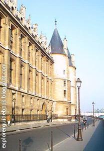 Conciergerie Bangunan terkenal di Paris