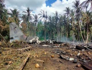 Queda de avião militar deixa 31 mortos nas Filipinas