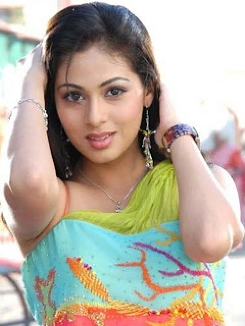 Girl images for hot smart girl image desi hd for Desi sexy imege