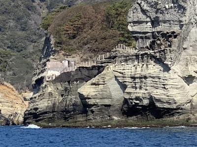 崖の上の沢田公園露天風呂