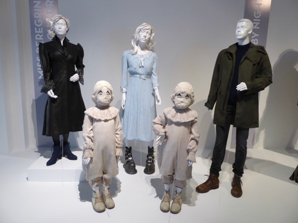 Miss Peregrines Home for Peculiar Children film costumes
