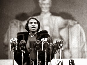 Marian Anderson, Lincoln Memorial 1939 - History surrounding Marian Anderson's  time, her personal issues with civil rights  and her stand for all people