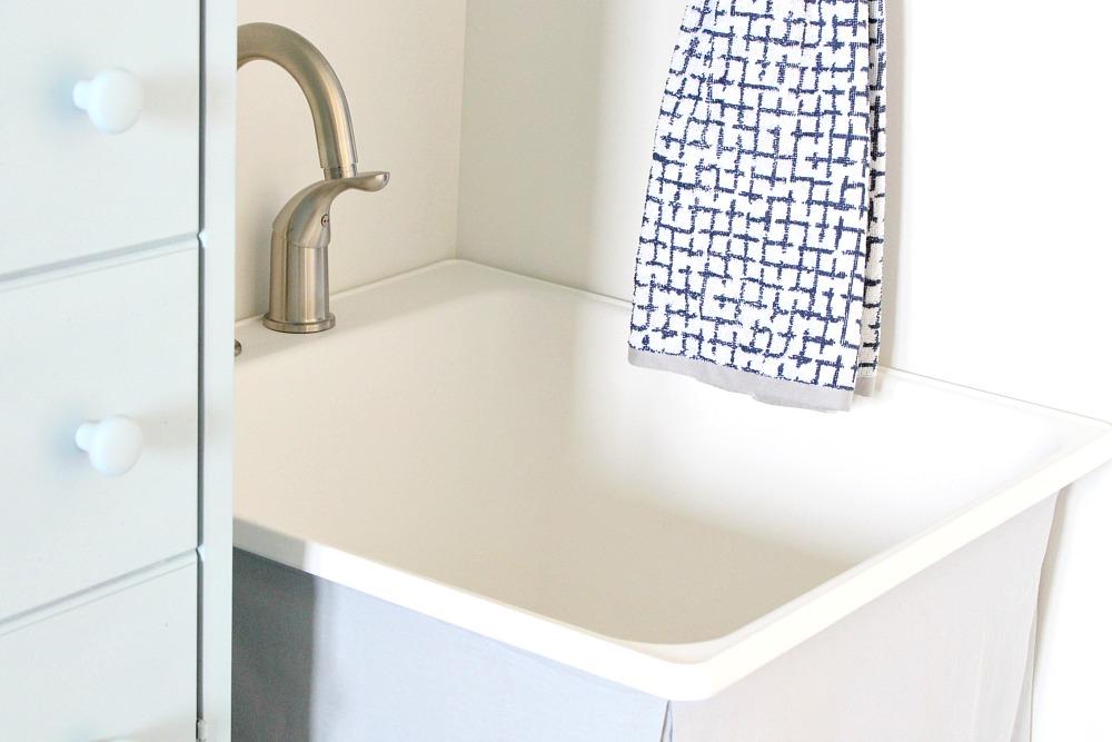 Modern Utility Sink Faucet