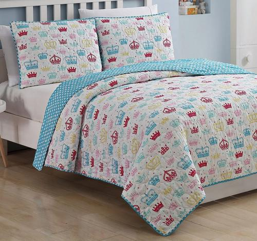 Kids Zone Priscilla Reversible Quilt Set