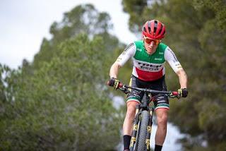 Samuele Porro del Team Trek in gara con gomme Pirelli Scorpion XC RC