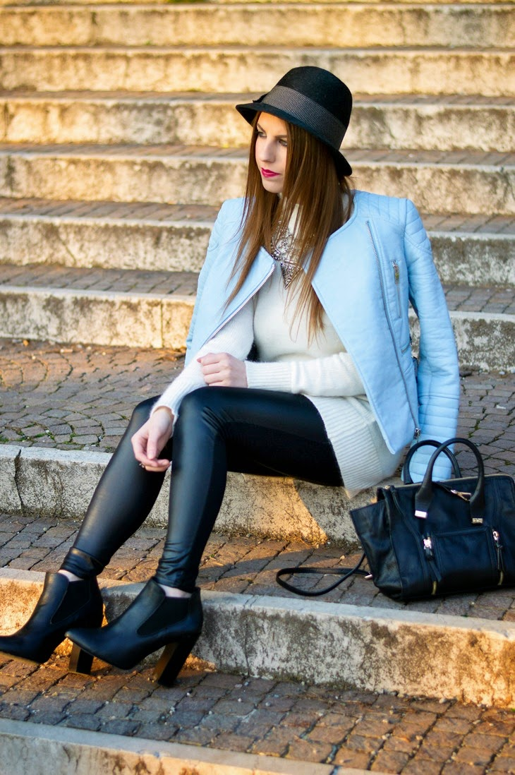 Zara Pastel Blue Biker Jacket Leather Leggins Borsalino Hat Zign Boots Zara Black Mini Leather City Bag outfit primaverile spring look Thesparklingcinnamon