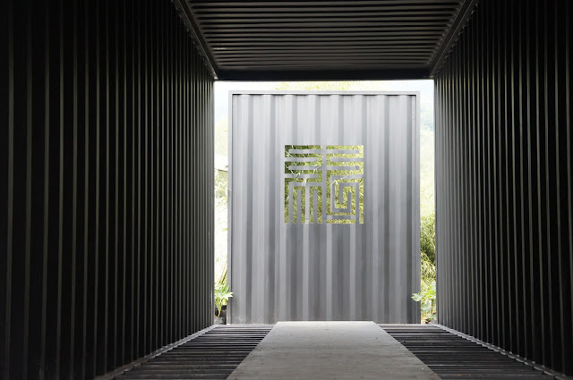Boutique Hotel Built from Shipping Containers, China 7