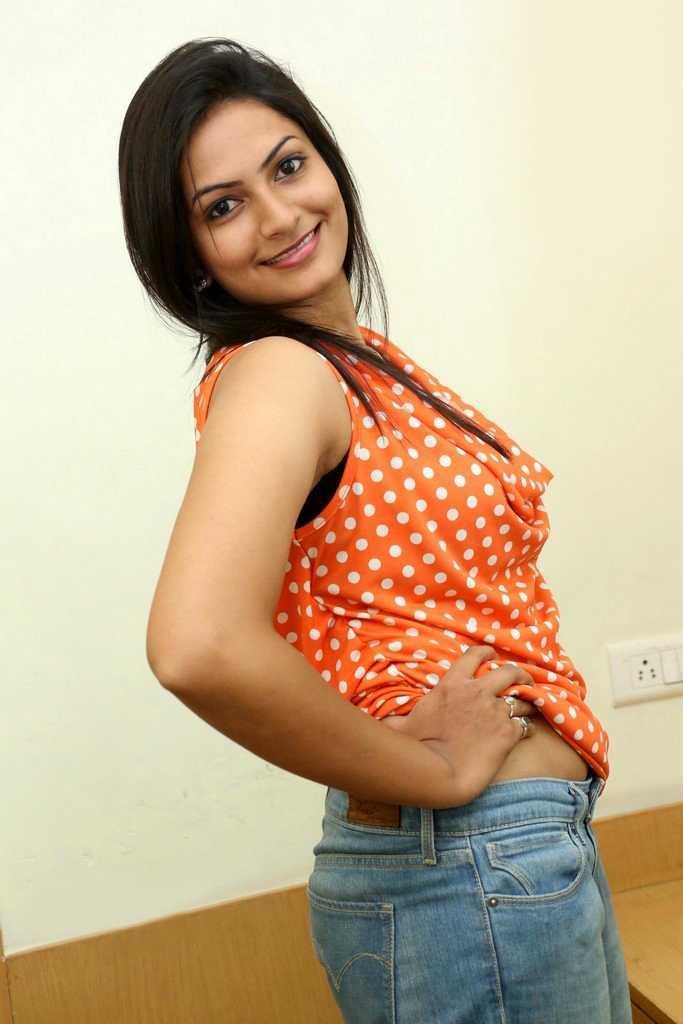 Swetha Varma Latest Image Gallery - Actress Doodles