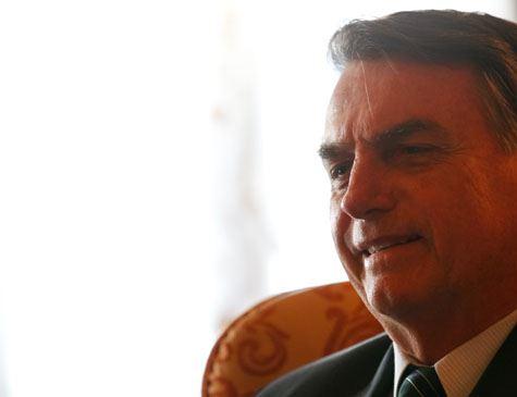 Bolsonaro 'baterá martelo' sobre proposta nesta quinta-feira