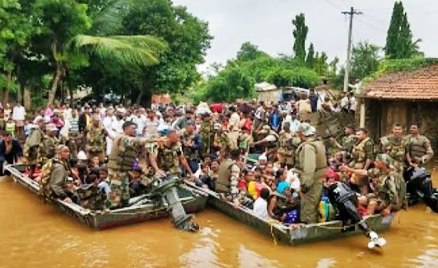 Monsoon rains, floods killed 2155 across India 2019