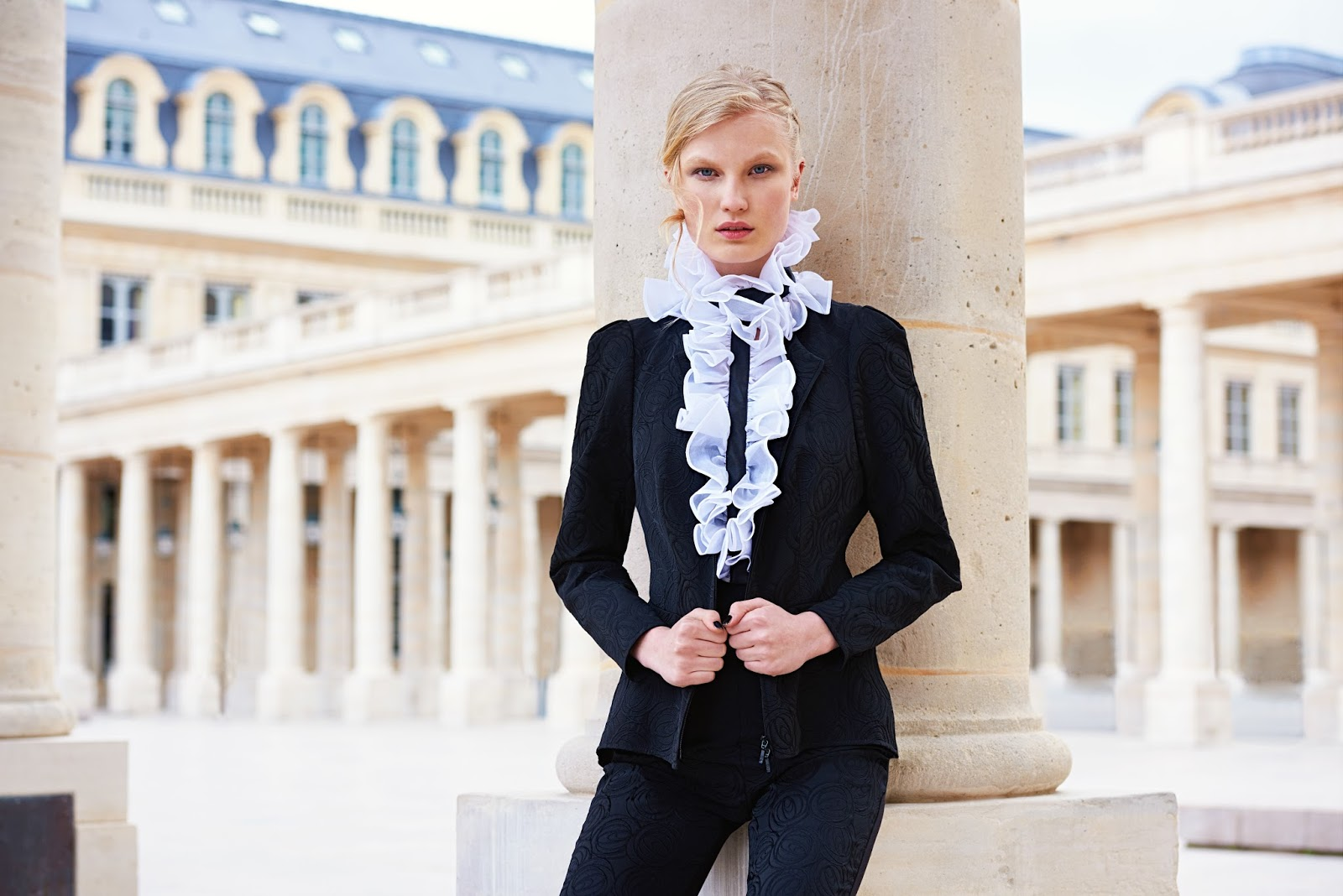 Anne Fontaine collection Automne-Hiver 2016-2017   DAME SKARLETTE 291dab07bf9