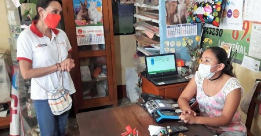 BONO FAMILIAR UNIVERSAL: Ministra Donayre supervisó proceso de pago en la región San Martín